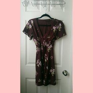 Super cute flowey dress